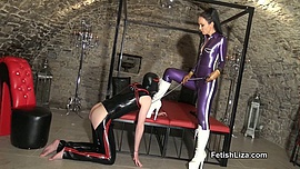 Latex licking slave